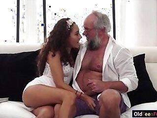 jav  mature  ,  old  ,  petite   porn movies