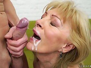 jav  jizz  ,  mature  ,  mom   porn movies